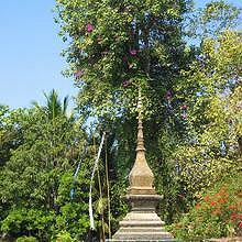 One of the numerous stupas of Wat Xieng Thong